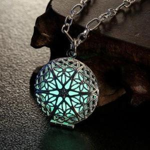 Luminous Locket Pendant Necklace GLOWS In DARK